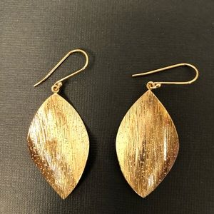 Jewelry - Gold Leaf Earrings 925 Thailand